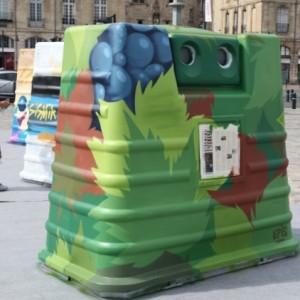 Les conteneurs à verre se transforment en oeuvres d'art !