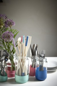 Add Colour to Your Kitchen with this DIY Tutorial