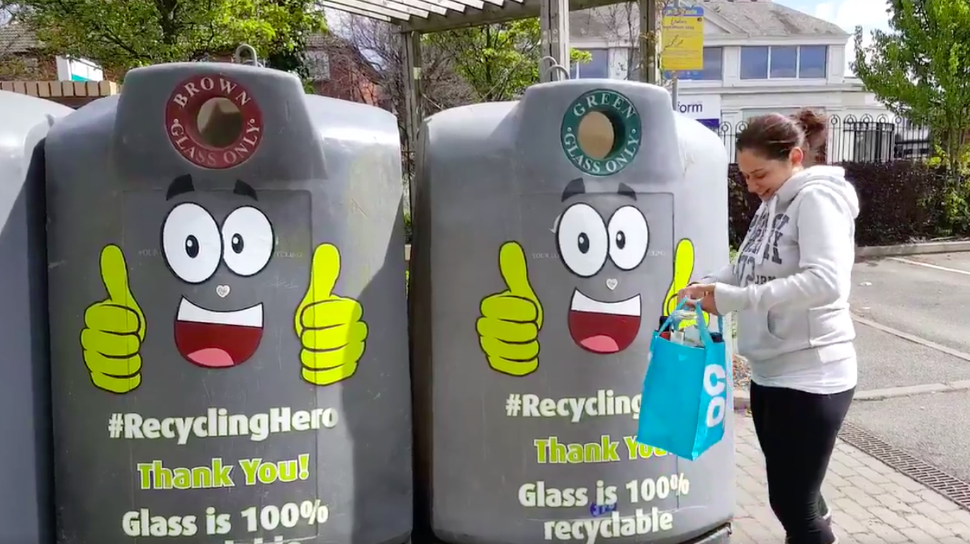 Friends of Glass UK, M&S and Leeds City Council #RecyclingHero challenge