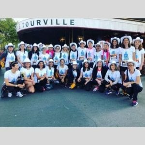 Friends of Glass takes on 'La Parisienne' race