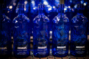 Sparkling Absolut facet iceberg bottle