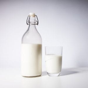 5 reasons to buy milk in glass bottles