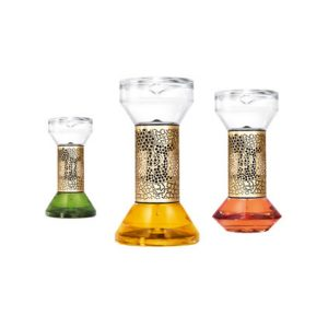 Un sablier en verre qui diffuse un parfum d'ambiance
