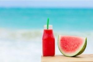 Il cibo da spiaggia migliore? È in vetro, naturalmente!